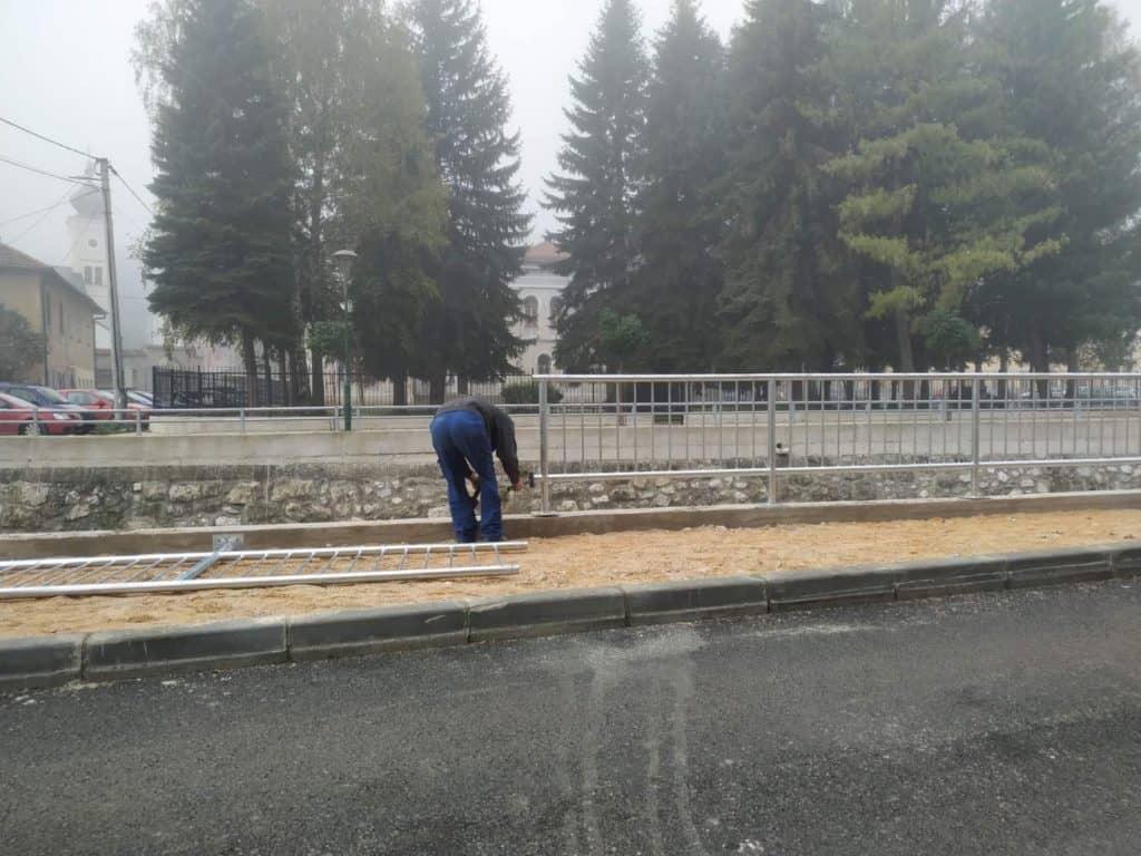 Travnik/ Postavljanje odgrade na potezu Erika Brandisa - Vezirska