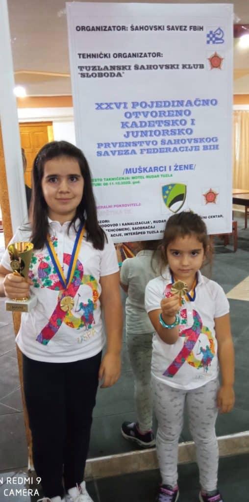 (FOTO) Sestre Dedić šampionski!