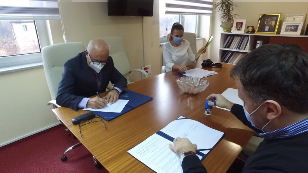 IUT Travnik i CEM potpisali memorandum o saradnji