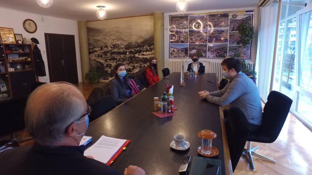 """Učenici iz Travnika pisali na temu """"Za korupciju je potrebno dvoje"""""""