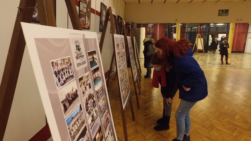 Povedi, razvedi kolo djevojko/ Otvorena izložba fotografija KUD Borac Travnik