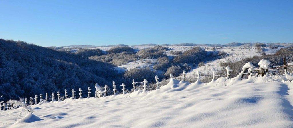 Kroz Likin objektiv/ Zimska idila (FOTO)