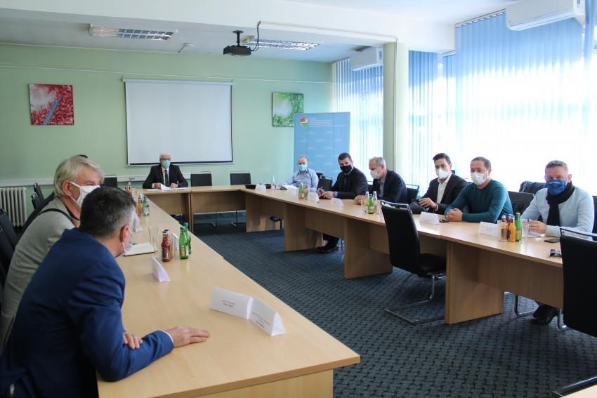 Vlada SBK/ Premijer Lendo održao sastanak sa načelnicima