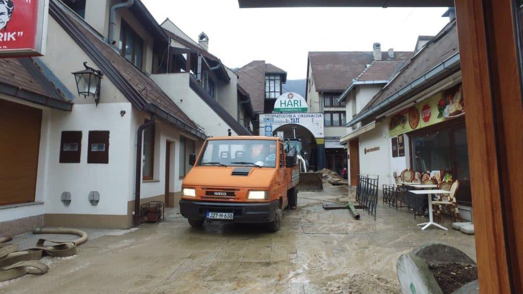 Travnik/ Sanacija kvara na vodovodnoj mreži Žitarnici