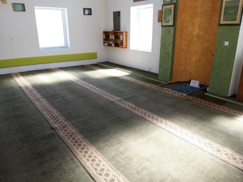 Predramazansko uređenje džamije u Mudrikama