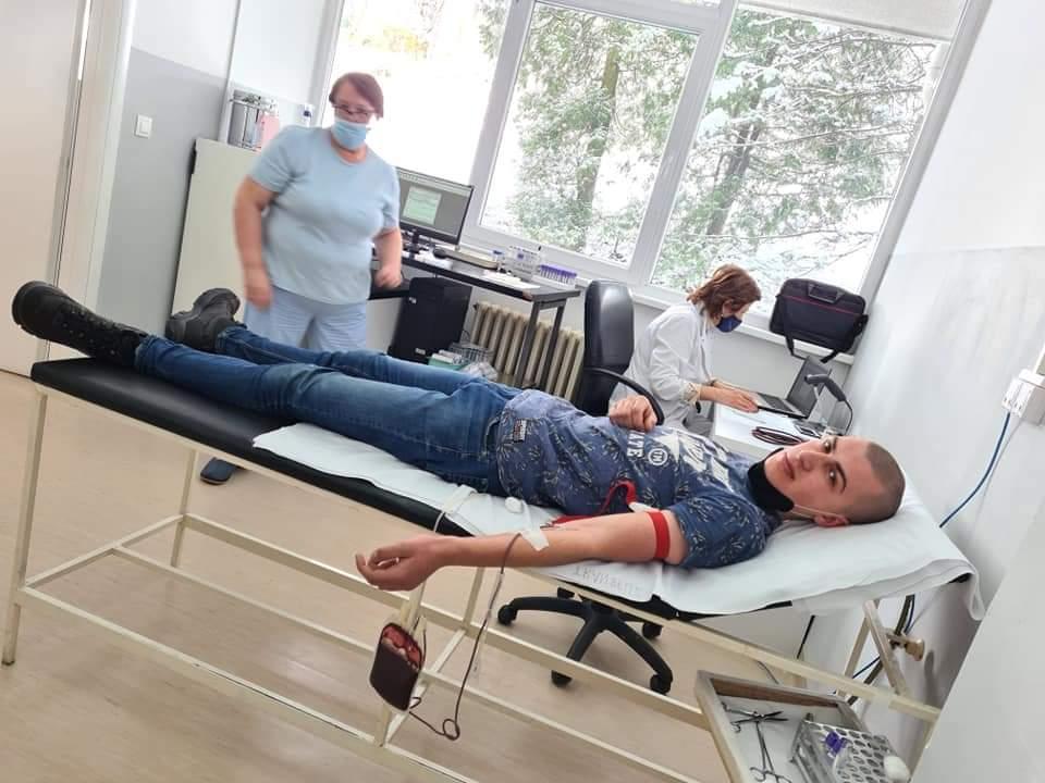 (FOTO) Akcija dobrovoljnog darivanja krvi u Travniku i Novoj Biloj