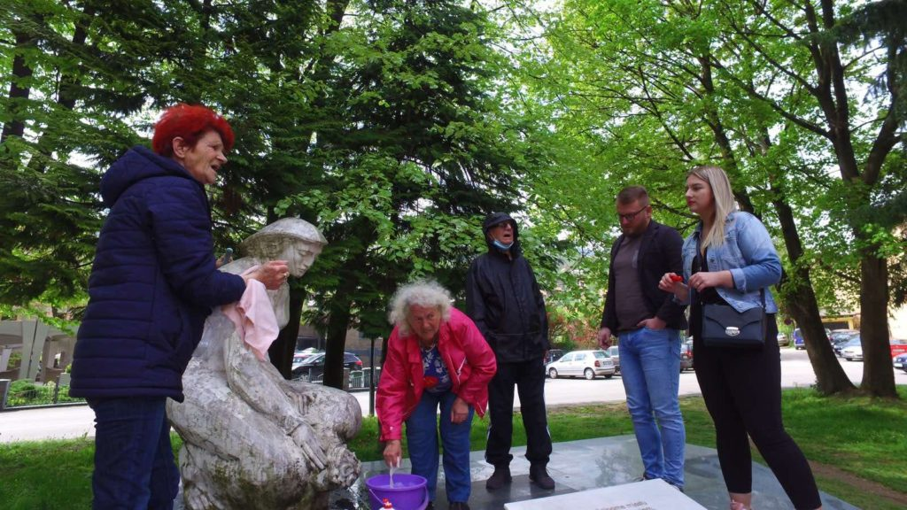 (FOTO) TRAVNIK / Realizovana akcija čišćenja spomenika iz Drugog svjetskog rata