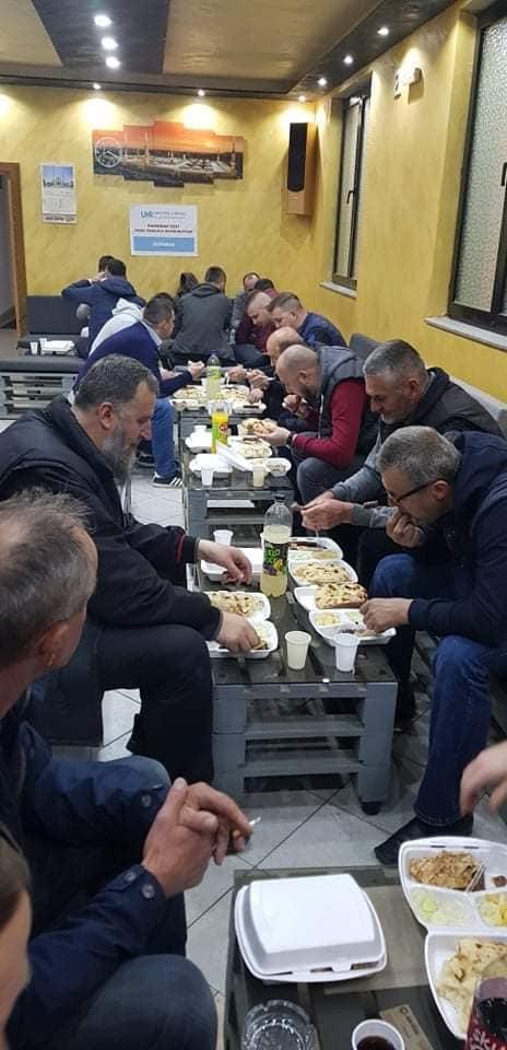 """(FOTO) H.O. """"Dirhem"""" / Iftari za 75 postača u Travniku"""