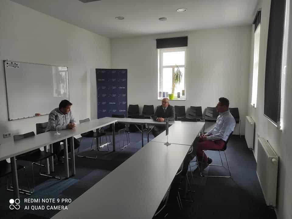 (FOTO) Kenan Dautović posjetio Centar za edukaciju mladih Travnik