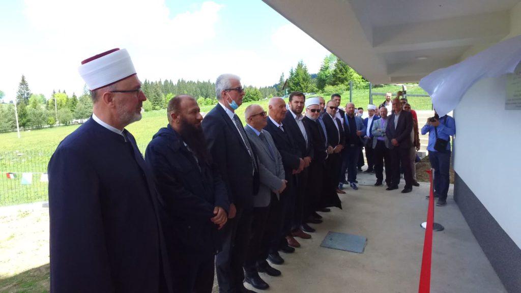 (FOTO) Svečano proklanjana džamija na Gostilju