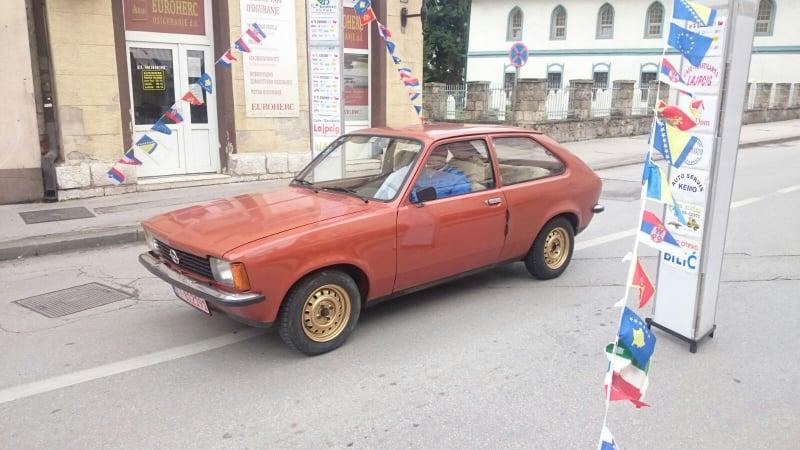 Danas u Travniku IX. Internacionalni skup oldtimera
