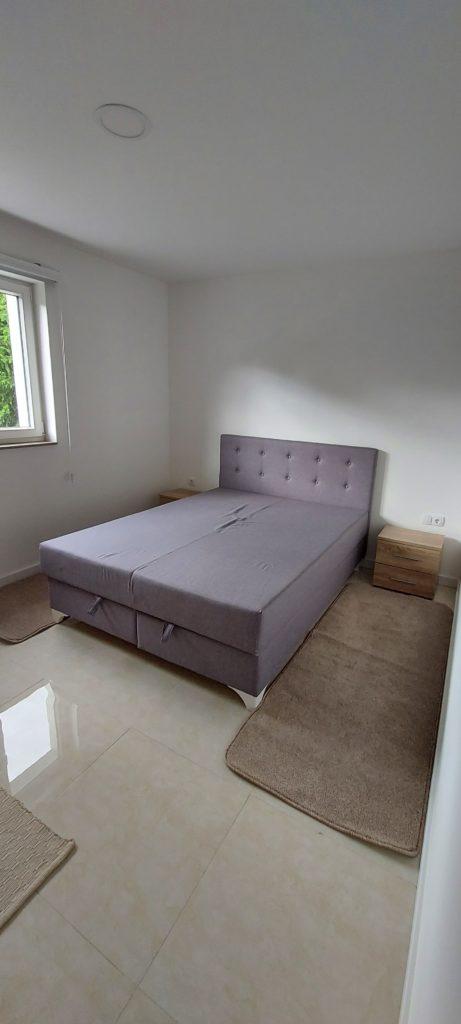 travnik/ na iznajmljivanje nov, kompletno opremljen stan 65 kvadrata