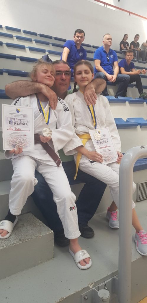 (FOTO) Takin tim pokazao spremnost / Ena Bašić i Tamara Matić vicešampionke!