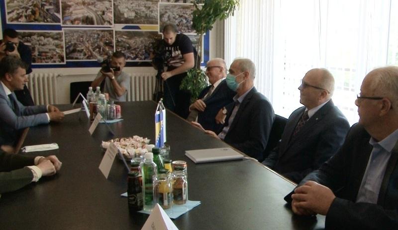 Ramić u Travniku potpisao ugovore za izgradnju dva putna pravca