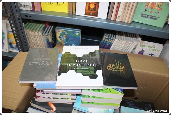 (FOTO) Biblioteka Osnovne škole Travnik bogatija za 350 novih naslova