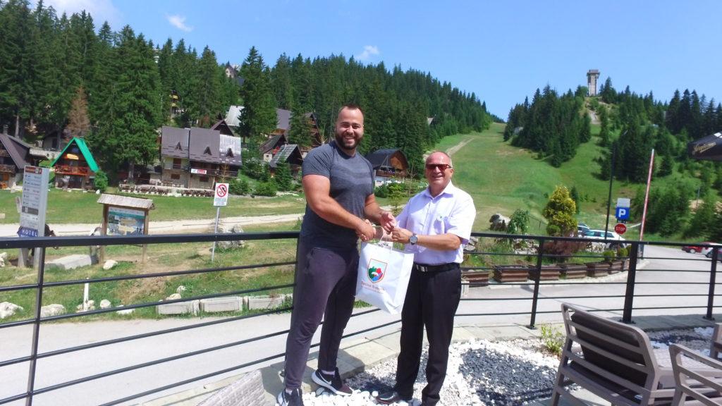Načelnik Općine Travnik posjetio olimpijca Mesuda Pezera koji se nalazi na pripremama na Vlašiću