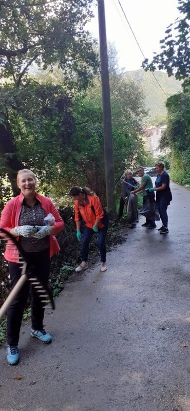 """(FOTO) Radnici Općine Travnik uzeli učešće u """"Sedmici društvene odgovornosti"""""""