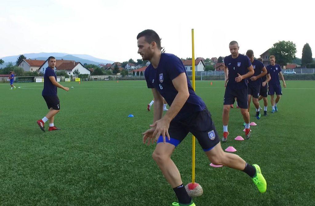 "(FOTO/VIDEO) NK Travnik spreman za novu sezonu / Sutra utakmica protiv FK ""Igman"" Konjic"