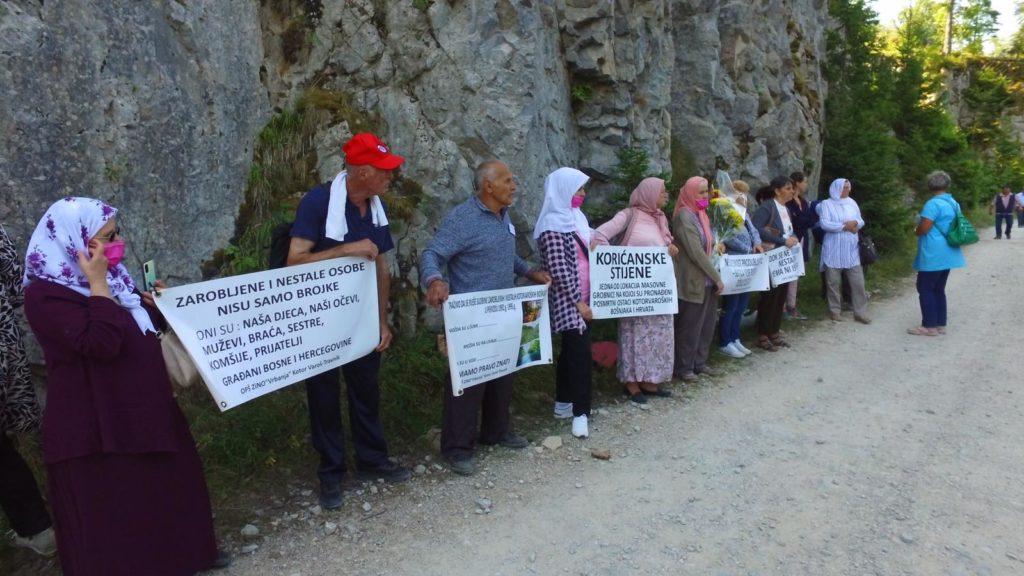 Obilježena 29. godišnjica na Korićanskim stijenama: Životi okončani nekoliko kilometara od slobode (FOTO)
