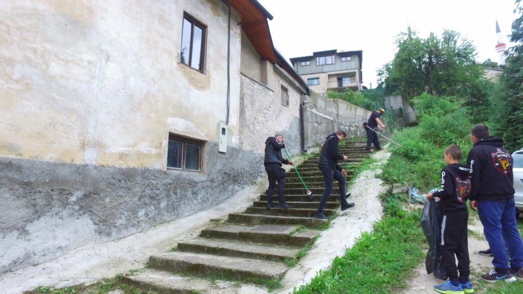 "Članovi MK Old Town Travnik u sklopu ""Sedmice društvene odgovornosit"" (FOTO/VIDEO)"