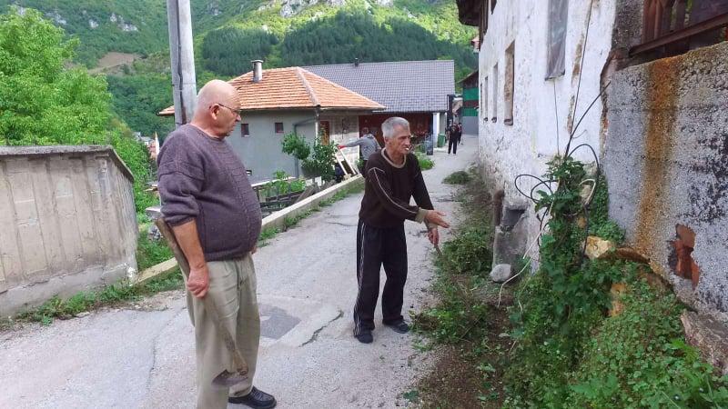 (FOTO/VIDEO) Akcija čišćenja u Mjesnoj zajednici Stari Grad