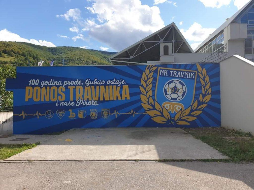 Na stadionu Pirota/ Gerila uradila veliki mural posvećen 100 godina NK Travnik