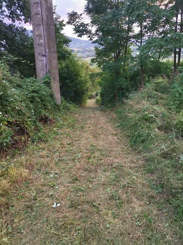 (FOTO) Dolac na Lašvi / Akcija čišćenja kod Osnovne škole i na putu prema seoskoj crkvi