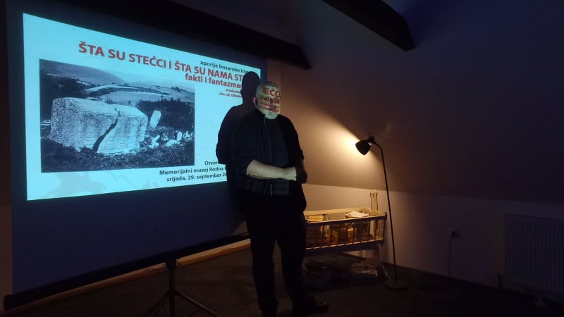 """(FOTO) Nastavljen ciklus predavanja """"Aporije bosanske historije"""""""