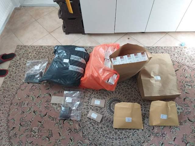 (FOTO) Mehurići/ U pretresu pronađena droga, oružje i nelegalne cigarete